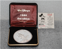 Rarities Mint:  Mickey's Holiday Treasures Limited Edition Medal